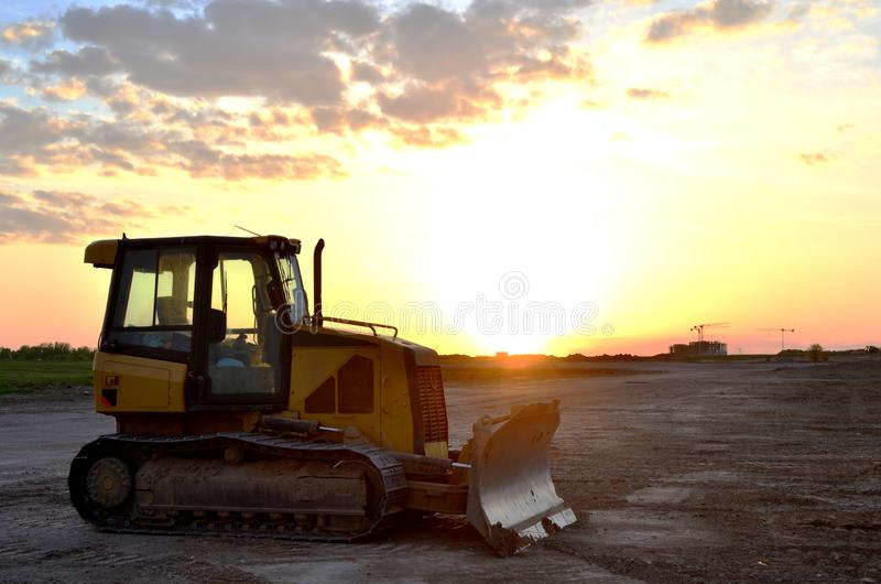 Track-Type Tractors, Bulldozer, Earth-Moving Heavy Equipment for Construction. Image stock photos