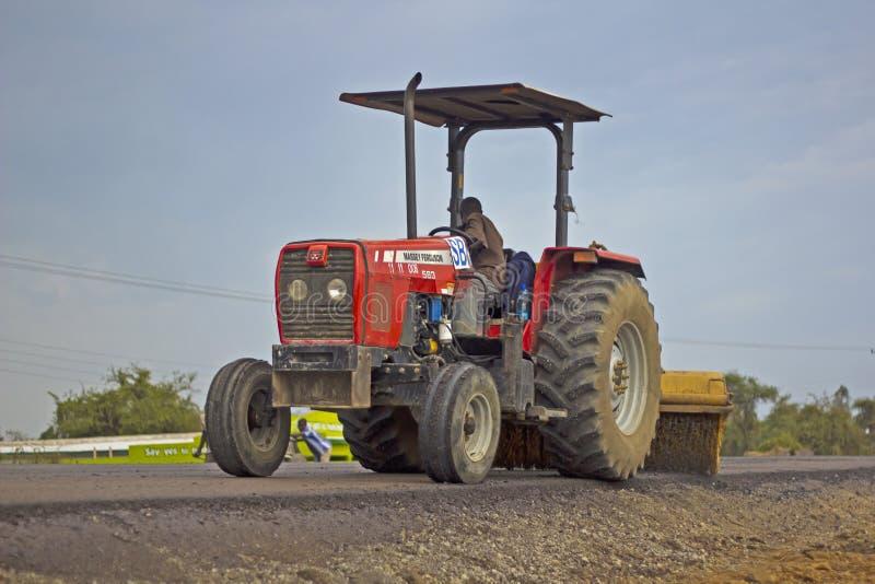 Tracteur de construction de routes images libres de droits