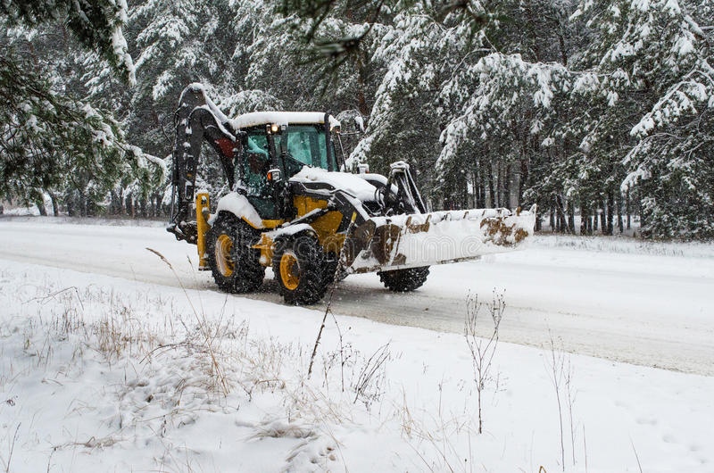 Tracteur de souffleuse de neige image libre de droits