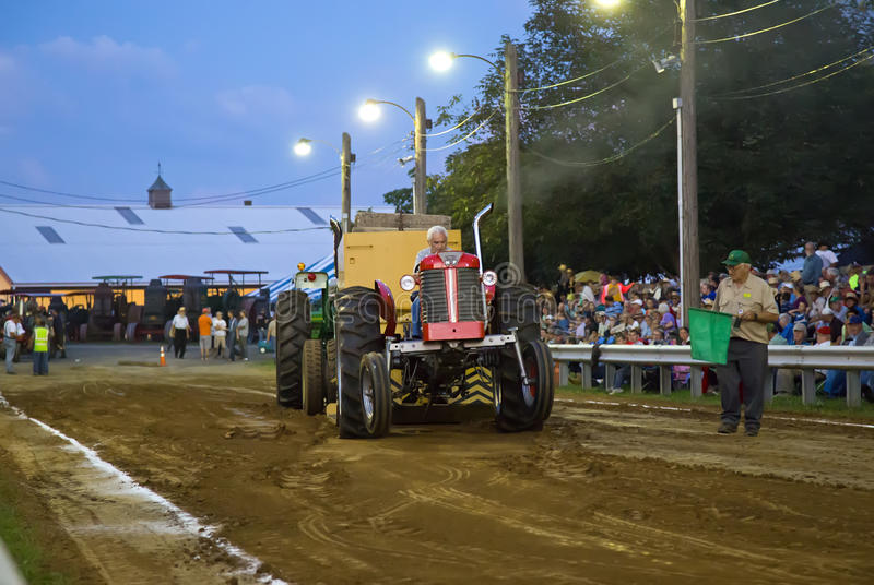 Traction de tracteur de vintage photo libre de droits