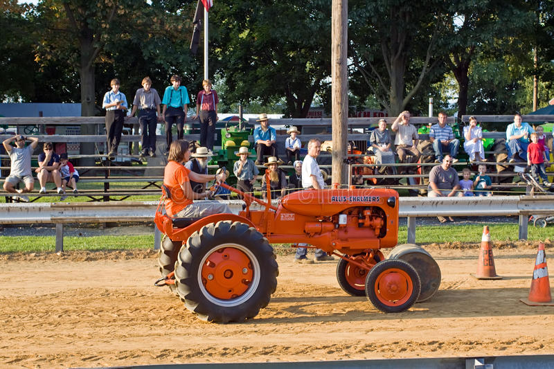 Download Tractor Barrel Roll editorial photography. Image of summer - 20851717