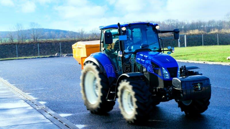 tractor de auto voor reiniging van ijs royalty-vrije stock fotografie