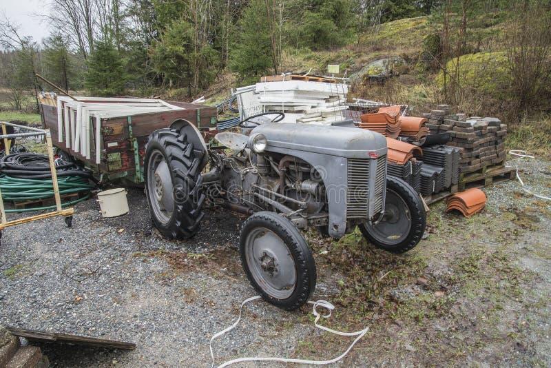 tractor 1947 de ferguson imagen de archivo libre de regalías