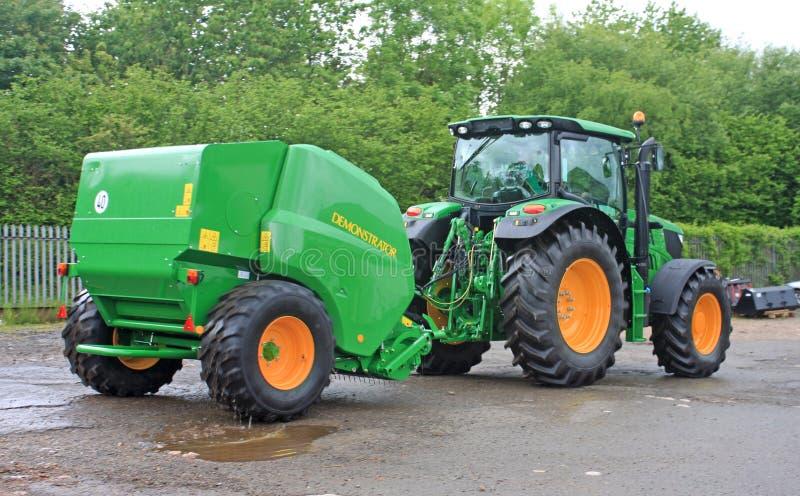 Tractor en Pers royalty-vrije stock foto