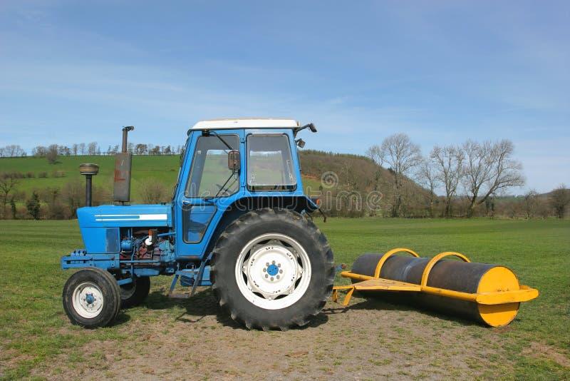 Tractor en Rol royalty-vrije stock fotografie