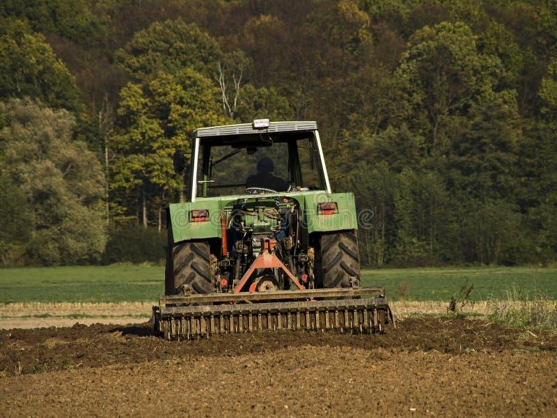 Tractor op het werk royalty-vrije stock fotografie
