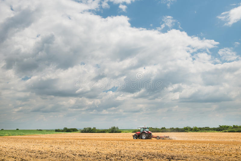 Tractor Preparation The Field Royalty Free Stock Images
