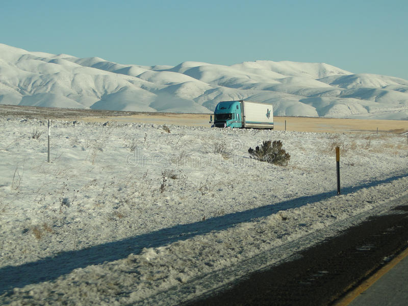 Download Tractor Trailers Drive Cautiously Editorial Image - Image of freeway, west: 17686520