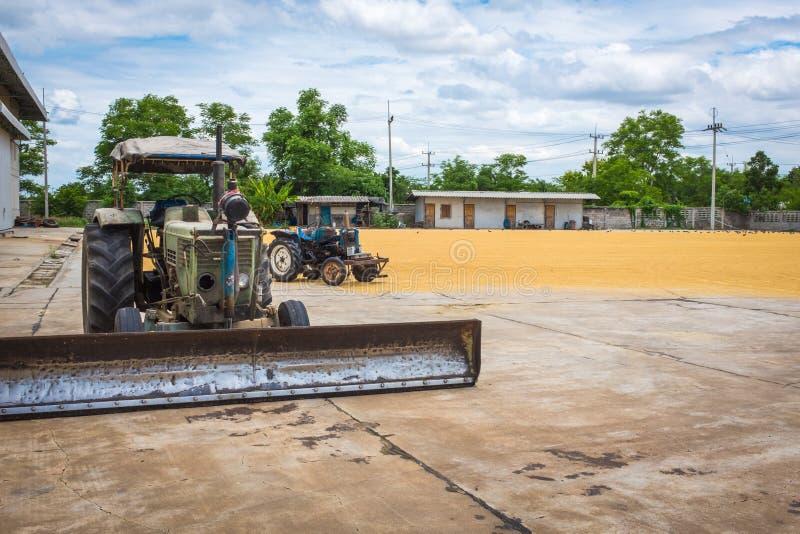Tractor voor landbouw stock fotografie