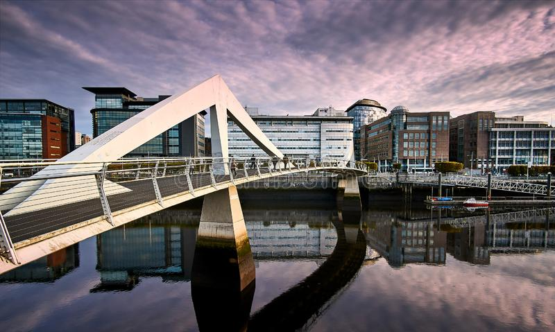 Tradeston most nad rzecznym Clyde w Glasgow, Szkocja fotografia royalty free