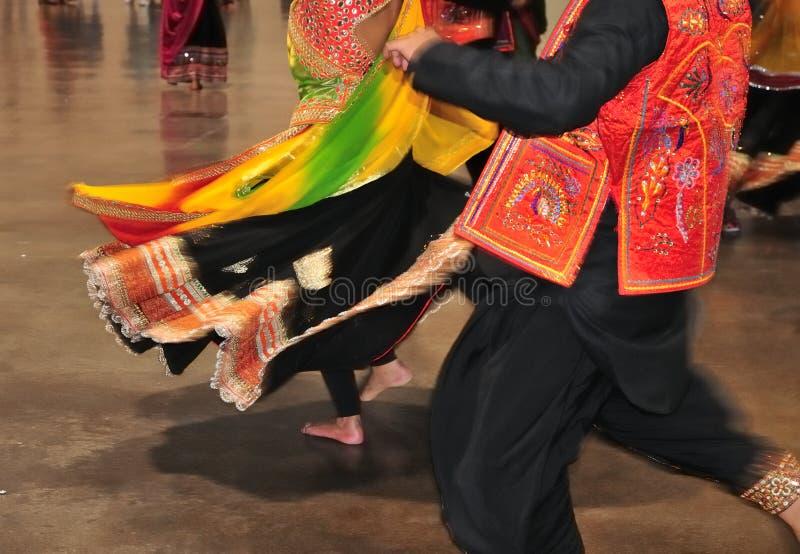 Tradicional consuma ou o pano vestiu tipicamente durante o festival hindu de Navratri Garba fotos de stock royalty free