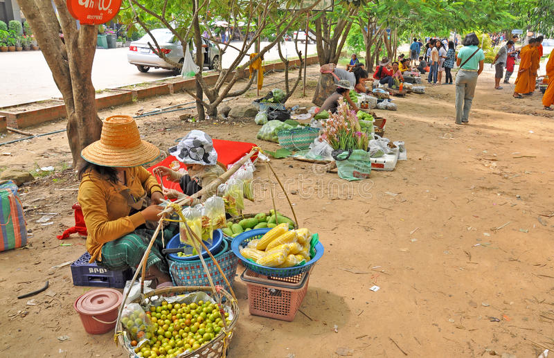 Download Trading In Thai - Laos Border Editorial Image - Image: 34919270