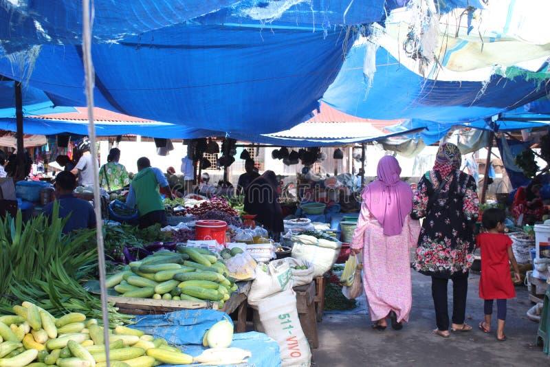 Tradisionalmarkt in meulaboh aceh barat royalty-vrije stock afbeeldingen