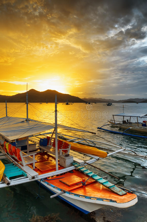 Free Traditional Boats At Sunset. Philippines Royalty Free Stock Images - 35109199