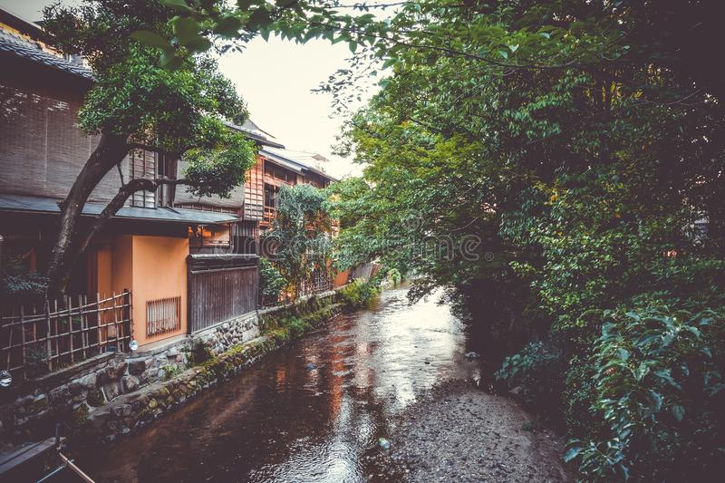 Traditional japanese houses on Shirakawa river, Gion district, K stock images