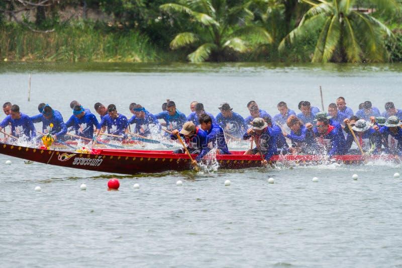 Download Traditional Long Boat Racing Koa Toa Huahin 2013 Editorial Image - Image: 34004840
