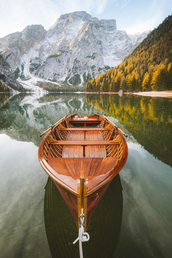 Free Traditional Rowing Boat At Lago Di Braies At Sunrise In Fall, South Tyrol, Italy Royalty Free Stock Photo - 188880875