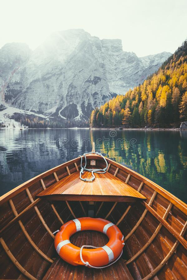 Free Traditional Rowing Boat On A Lake In The Alps In Fall Royalty Free Stock Photo - 187248495