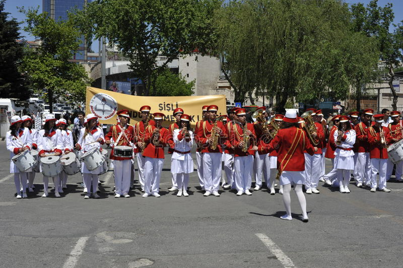 Download Traditional Turkish Marching Band Editorial Photo - Image: 23470276