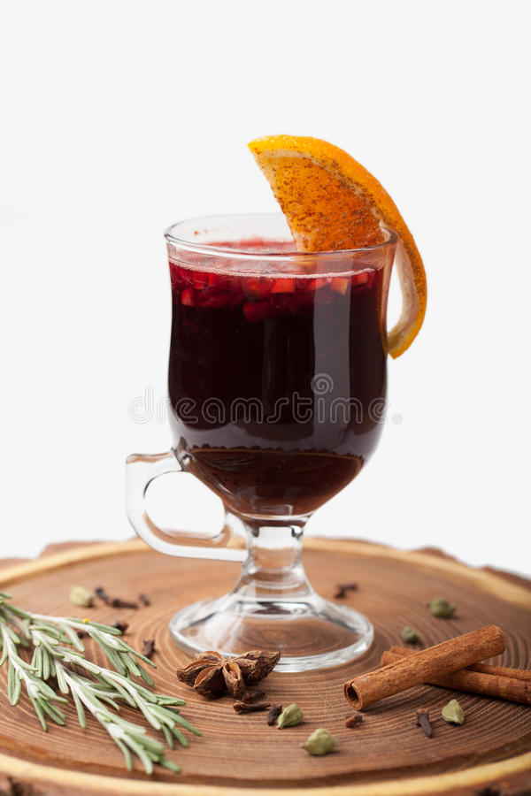 Free Traditional Winter Hot Alcohol Drinks Mulled Wine With Orange, S Royalty Free Stock Photography - 47750547