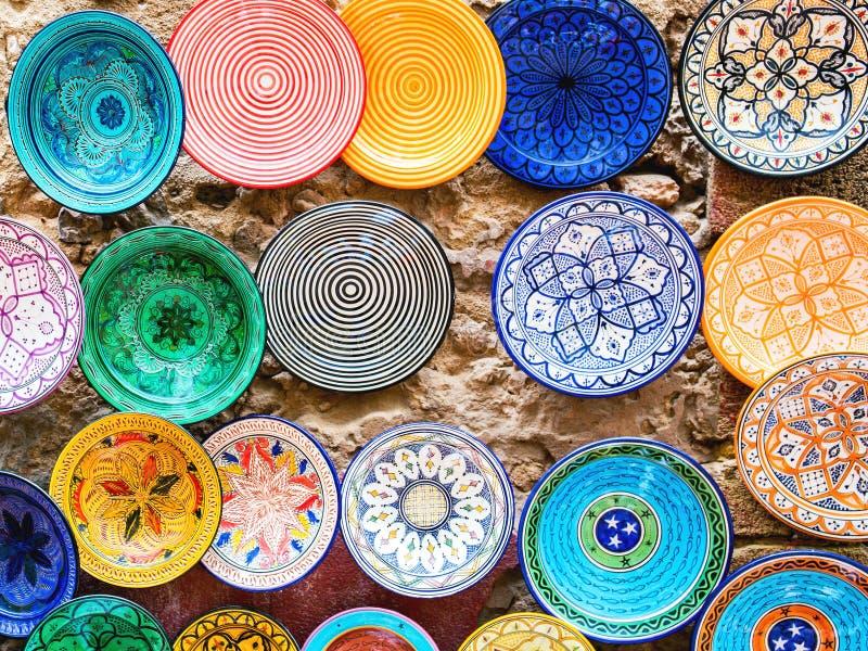 Traditioneel ceramisch aardewerk in Marokko stock afbeelding