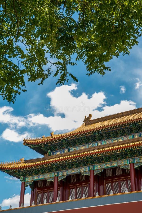 Traditioneel Chinees architecturaal dak stock foto's