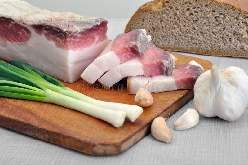 Traditioneel eenvoudig Oekraïens voedsel royalty-vrije stock afbeelding