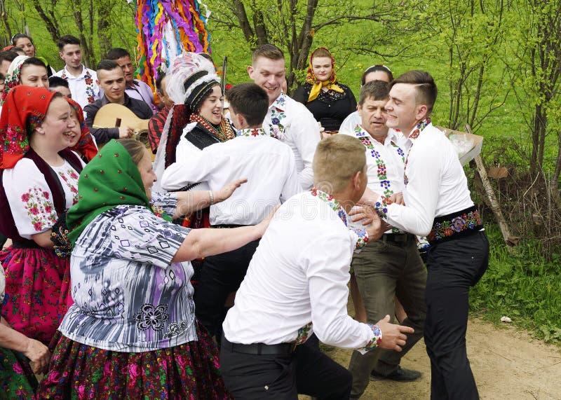 Traditioneel huwelijk in het gebied van Oas, Roemenië stock afbeeldingen