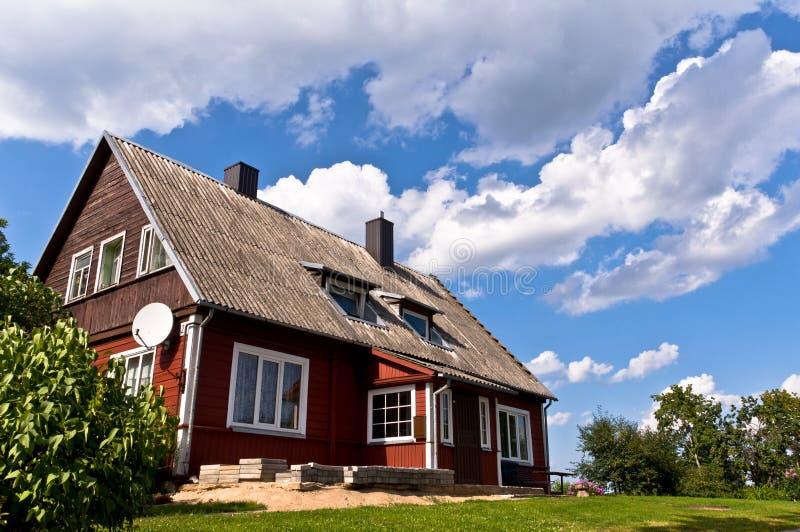 Traditioneel Litouws Huis in Trakai, Litouwen. stock foto