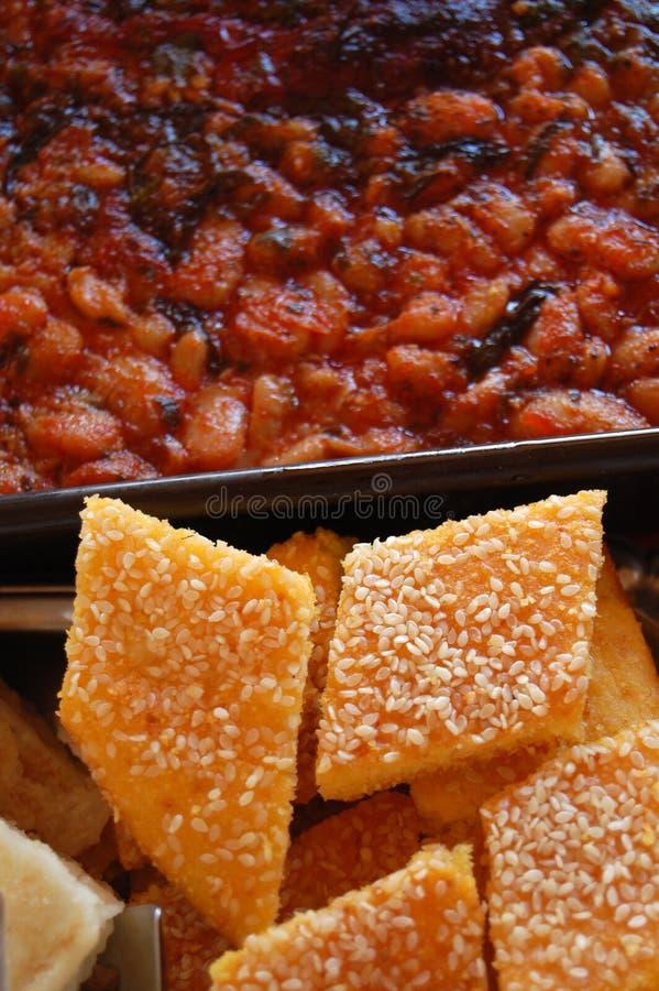 Traditioneel Macedonisch voedsel tavche garvche royalty-vrije stock afbeeldingen