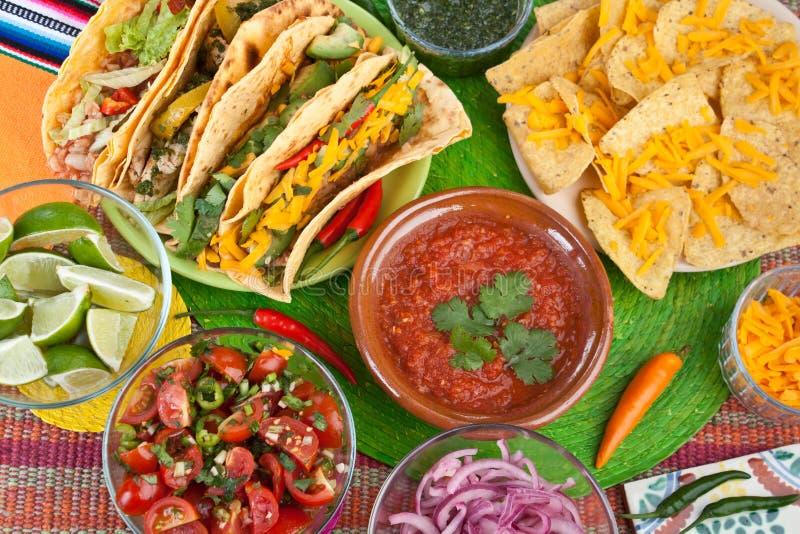 Traditioneel Mexicaans Voedsel stock fotografie