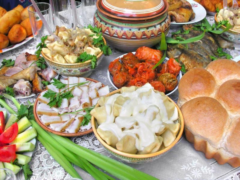 Traditioneel Oekraïens voedsel in assortiment stock foto