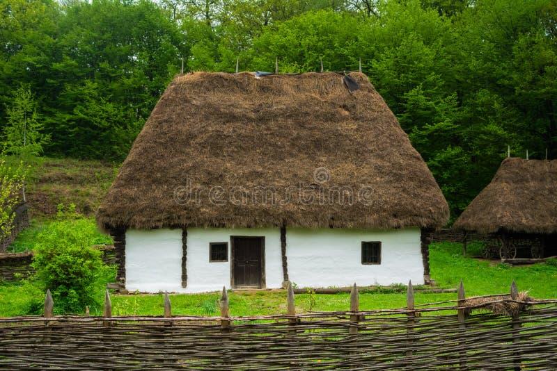 Traditioneel Roemeens Huis stock fotografie