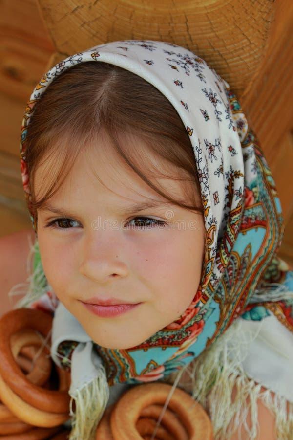 Traditioneel Russisch meisje royalty-vrije stock afbeeldingen
