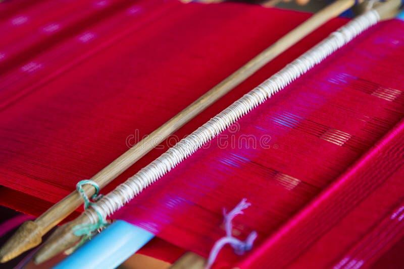 Traditioneel Thais golvend weefgetouw royalty-vrije stock foto's