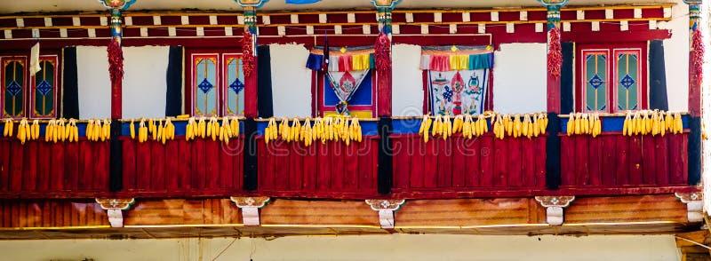 Traditioneel tibetan huis in Sichuan - China royalty-vrije stock afbeeldingen