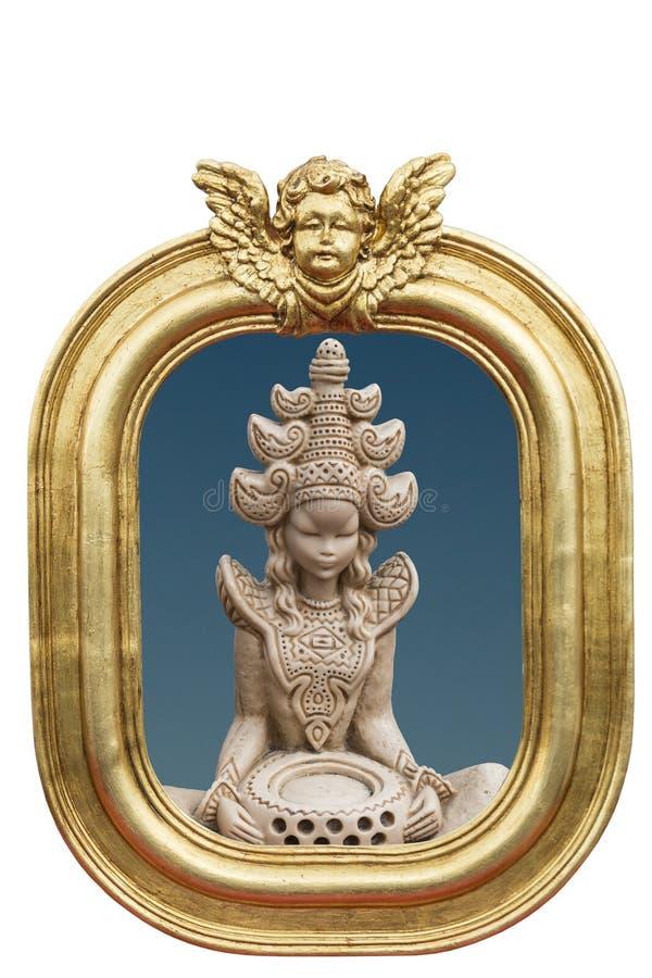 Traditioneel Zuidoostaziatisch beeldhouwwerk stock foto's