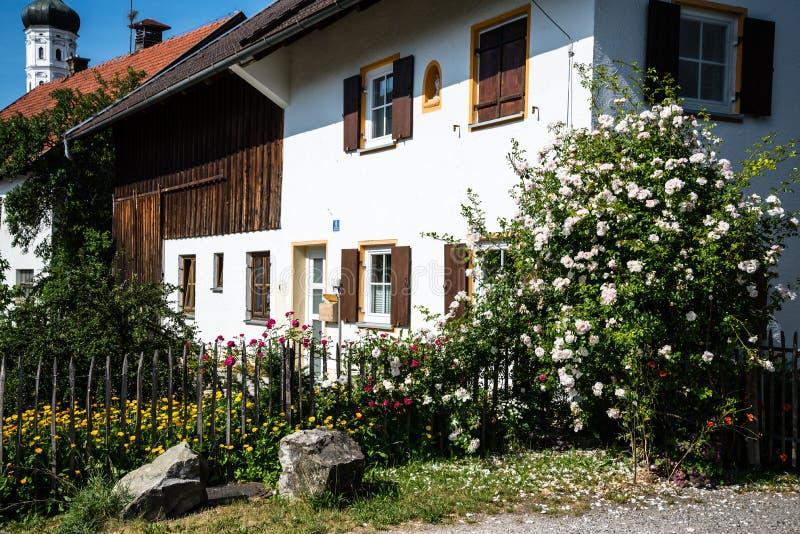 Traditionel Bavarian house. Near Raisting, a rural village in Upper Bavaria stock image