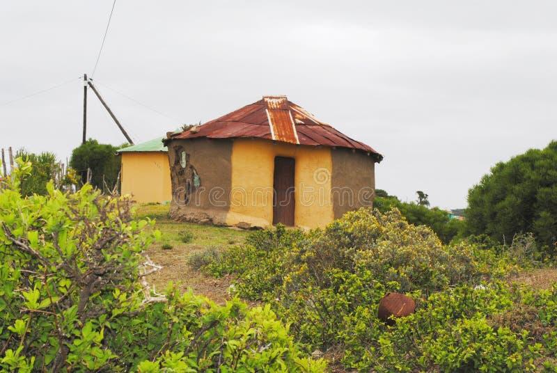 Traditionele Afrikaanse hut royalty-vrije stock foto