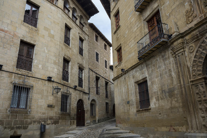 Traditionele architectuur in Sos del Rey Catolico royalty-vrije stock afbeeldingen