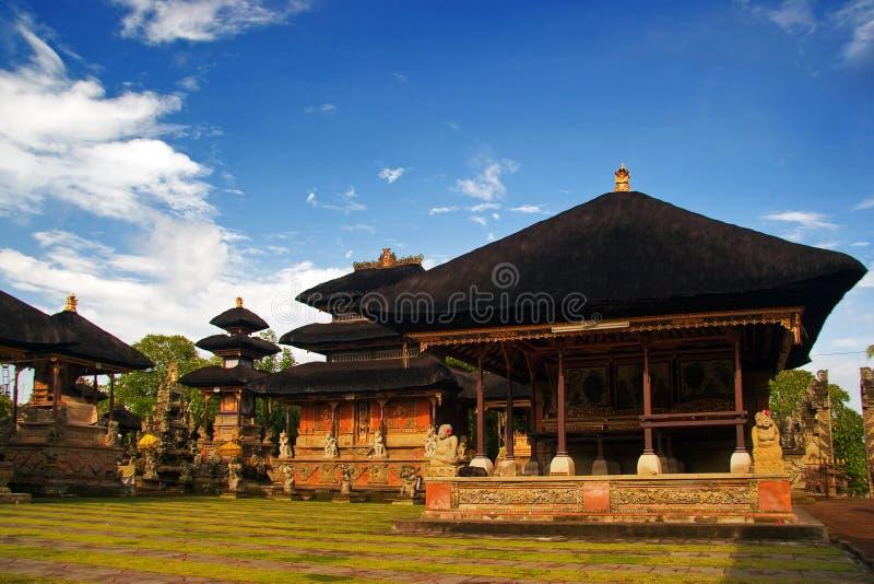 Traditionele architectuur van Bali stock afbeelding