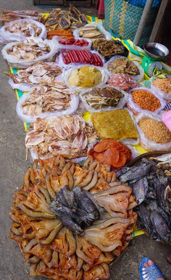 Traditionele Aziatische vissenmarktkraam royalty-vrije stock foto's