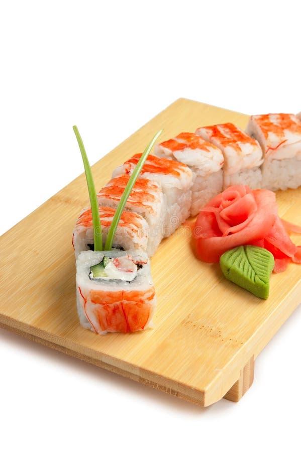 Traditionele Aziatische voedselsushi stock afbeeldingen