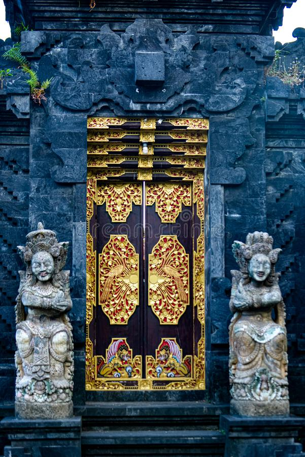 Traditionele Balinese gateways in Denpasar Bali, Indonesië royalty-vrije stock afbeelding