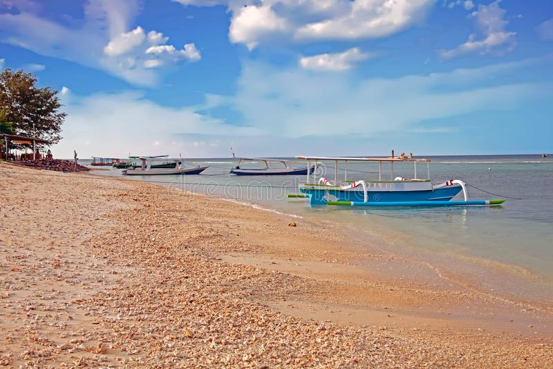 Traditionele boten op Gili Meno in Indonesië royalty-vrije stock afbeelding