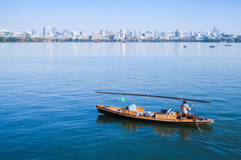 Traditionele Chinese houten recreatieboot royalty-vrije stock foto