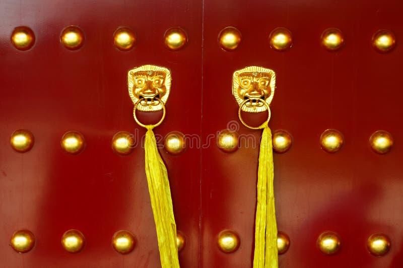 Traditionele Chinese oude deur stock afbeeldingen