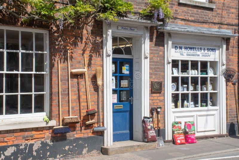 Traditionele Engelse dorpsijzerhandel stock foto's