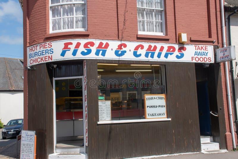 Traditionele Engelse Vissen en Chip Takeaway-winkel royalty-vrije stock fotografie