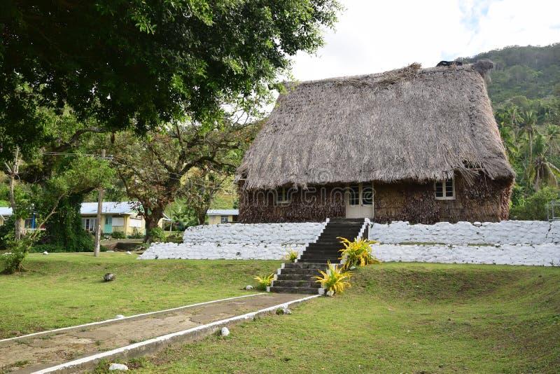 Traditionele Fijian bure langs Strandstraat in Levuka, Ovalau-eiland, Fiji stock foto's